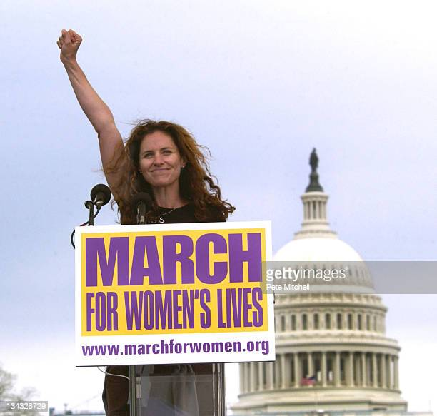 Amy Brenneman of CBS's Judging Amy March for Women's Lives on the National Mall Washington DC USA April 25 2004