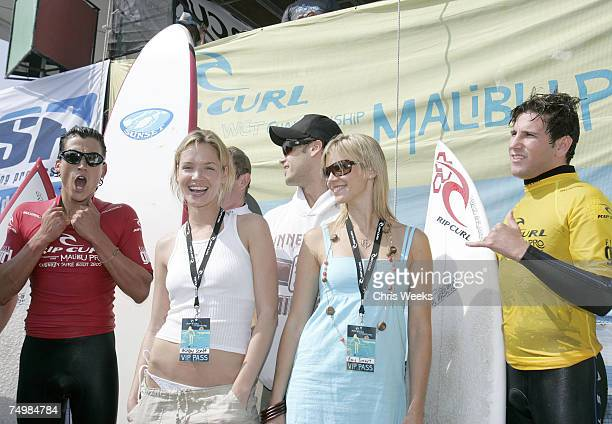 Amy Cobb Andrew Keegan Ashley Scott Nick Zano Amy Smart and Branden Williams