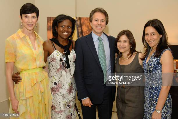 Amy Fine Collins Deborah Roberts Will Zeckendorf Suzanne Gluck and Greer Hendricks attend Susan FalesHill's ONE FLIGHT UP Book Launch Party at 15...