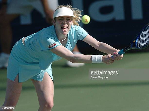 Amy Frazier in action against Lindsay Davenport in the third round of the JP Morgan Chase Open 2004 at the Home Depot Center in Carson California...