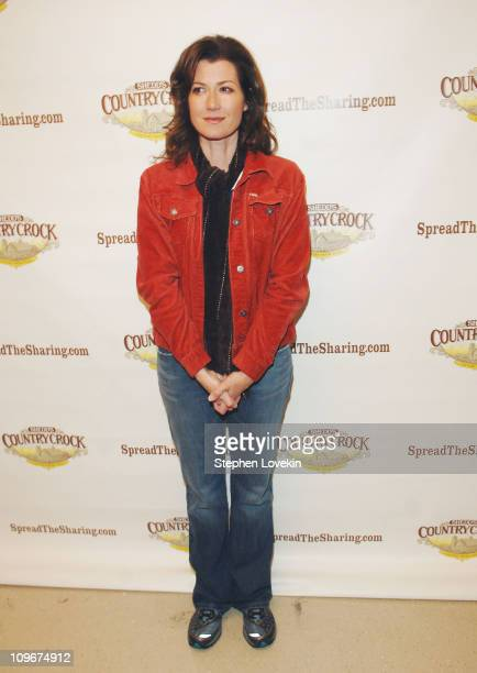 Amy Grant during Amy Grant Leads a OneMillion Meal Donation to America's Second Harvest the Nation's Food Bank Network April 18 2007 at Yorkville...