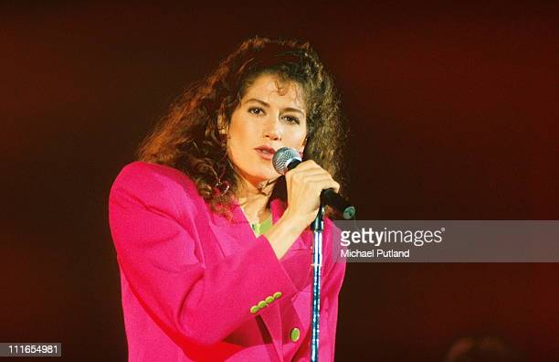 Amy Grant performs on stage London 1992