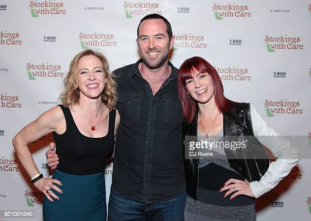 Amy Hargreaves Sullivan Stapleton and Carrie Preston attend the 25th Anniversary Stockings with Care Gala at The Bowery Hotel on November 3 2016 in...