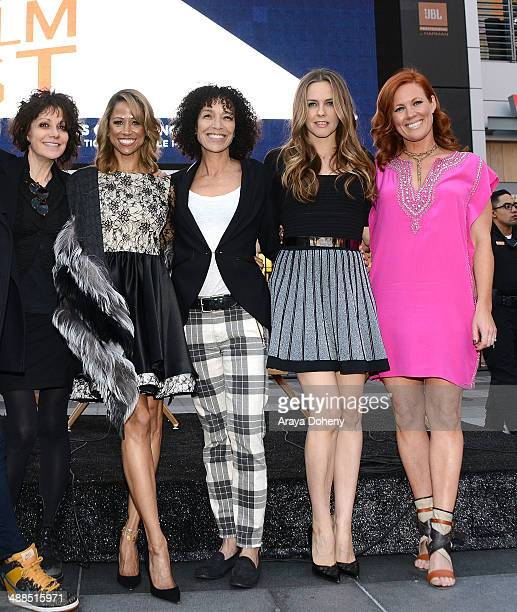Amy Heckerling Stacey Dash Stephanie Allain Alicia Silverstone and Elisa Donovan attend the Film Independent's prefestival outdoor screening of...