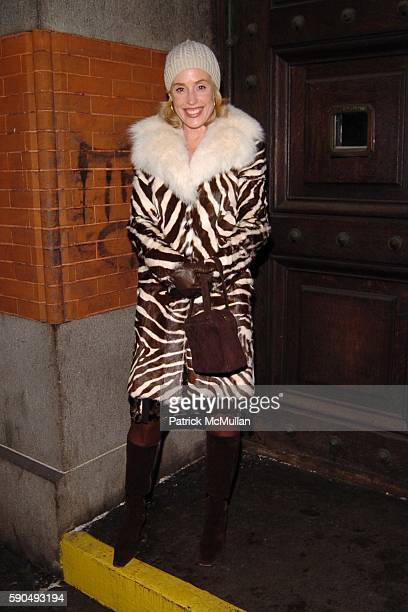 Amy Hoadley attends The 51st Annual Winter Antiques Show Young Collector's Night at The Seventh Regiment Armory on January 27 2005 in New York City
