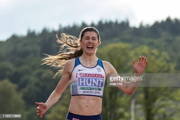 Amy Hunt of Great Britain celebrates after winning 200m Women Final on July 20, 2019 in Boras, Sweden.