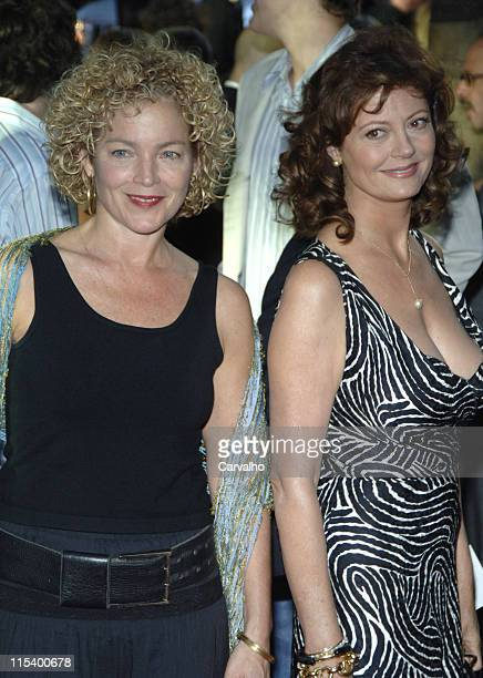 Amy Irving and Susan Sarandon during War of the Worlds New York City Premiere Arrivals at Ziegfield Theater in New York City New York United States