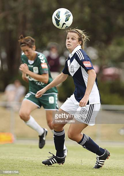 Amy Jackson of Melbourne Victory in action during the round nine W-League match between Canberra United and the Melbourne Victory at McKellar Park on...