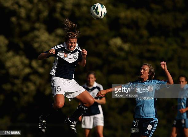 Amy Jackson of the Victory heads the ball during the round eight W-League match between the Melbourne Victory and Sydney FC at Wembley Park on...