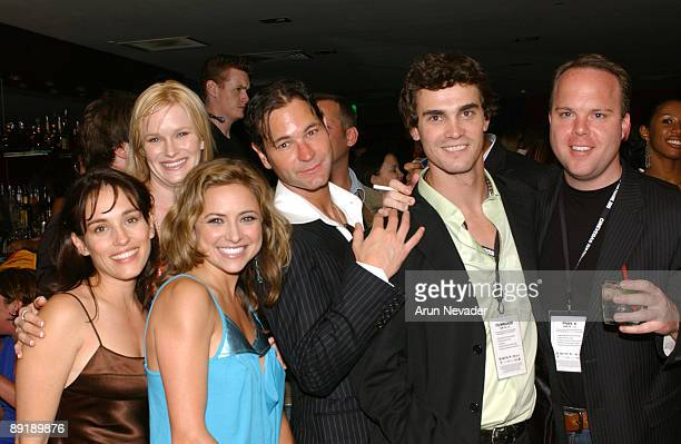 Amy Jo Johnson, Nicholle Tom, Christine Lakin, Christopher Jaymes, Eric Michael Cole, and guest