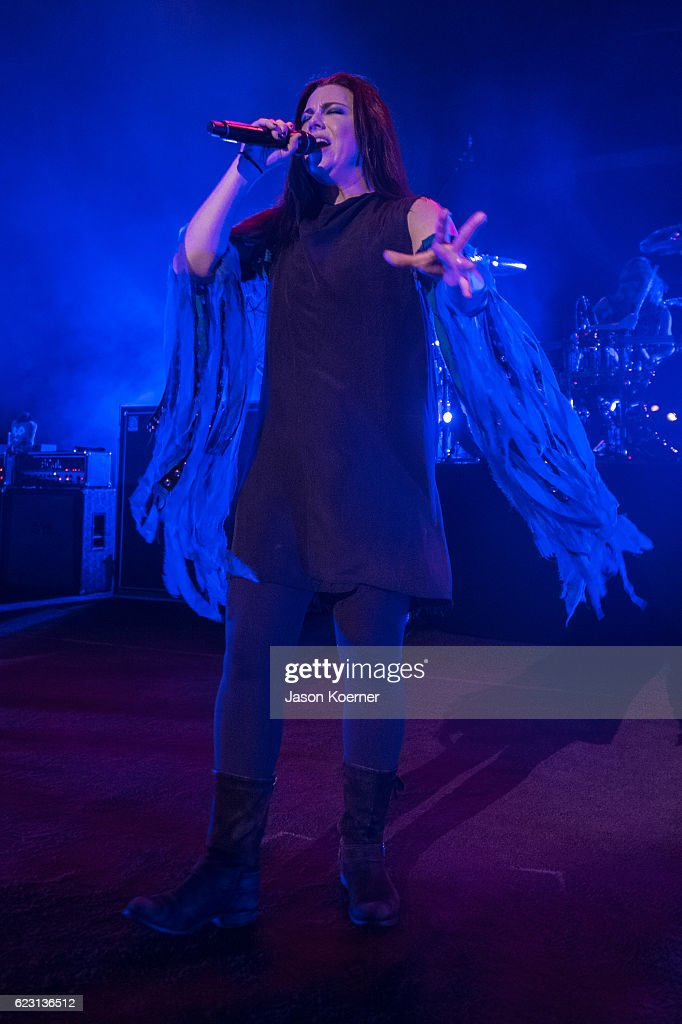 Evanescence In Concert