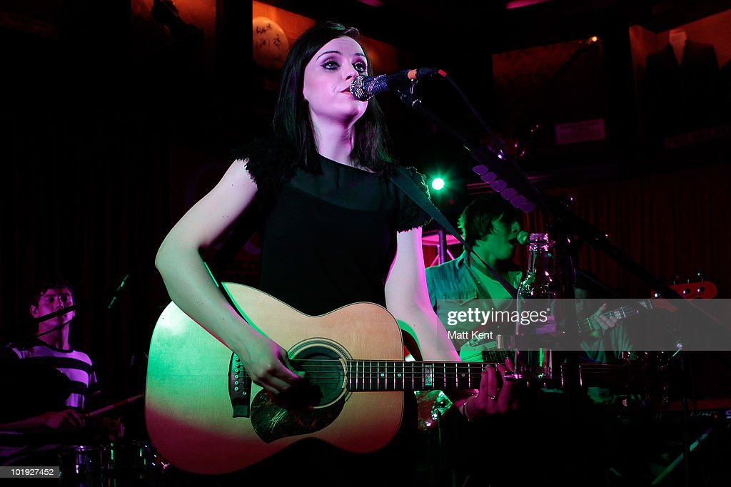 Amy Macdonald Performs At Q The Music Club : News Photo