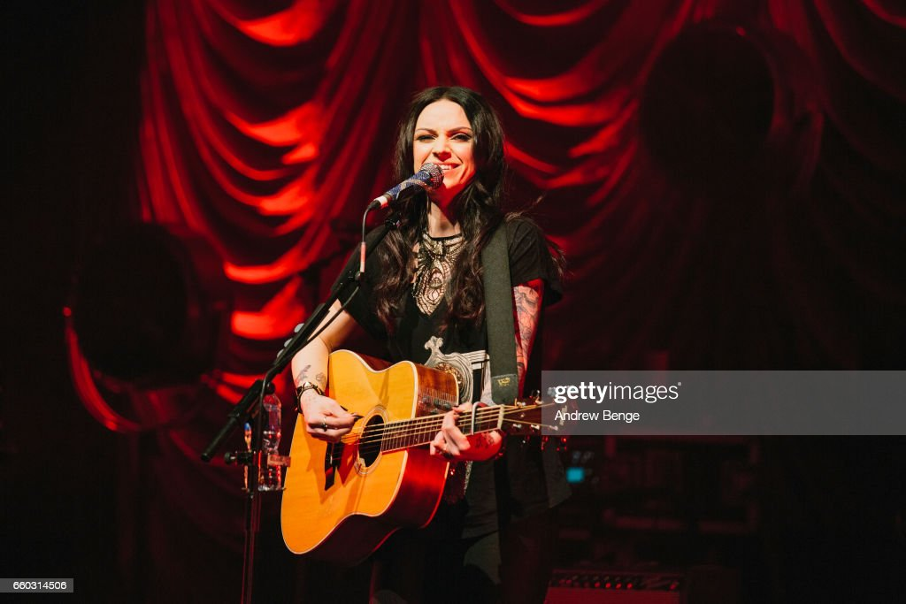 Amy Macdonald Performs At The Barbican In York : News Photo