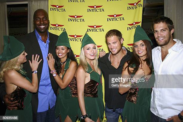 Amy Miller John Salley Rachael Mortensen Rachelle Leah George Stults Andrea Tiede and Geoff Stults pose for a photo on June 5 2004 in Las Vegas Nevada