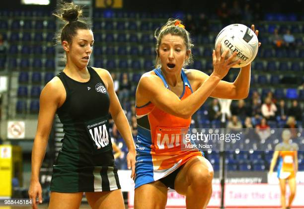 Amy Parmenter of the Giants in action during the Australian Netball League grand final between the Tasmanian Magpies and the Canberra Giants at AIS...