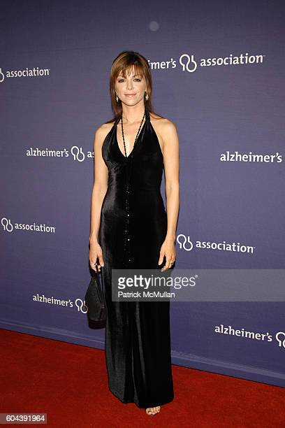 Amy Pietz attends 14th Annual Alzheimer's Association's Benefit and Awards Dinner 'A NIGHT AT SARDI'S' at Beverly Hilton Hotel on March 8 2006 in...