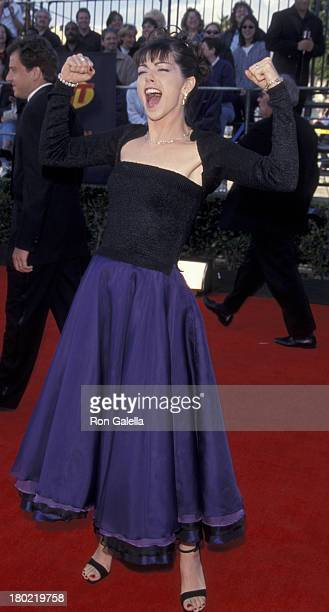 Amy Pietz attends Fifth Annual Screen Actors Guild of America Awards on March 7 1999 at the Shrine Auditorium in Los Angeles California