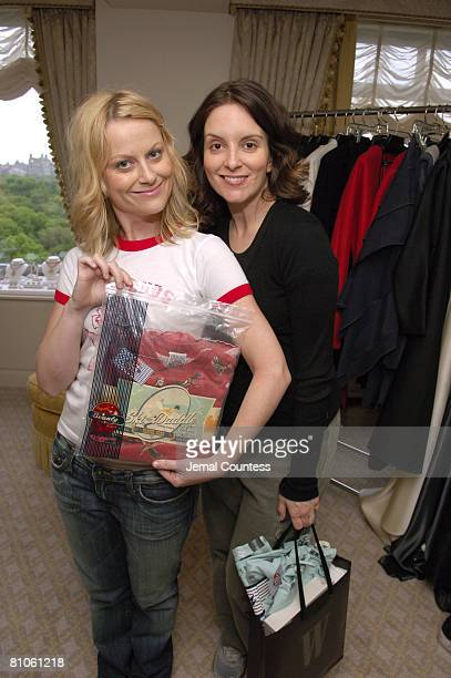 Amy Poehler and Tina Fey with Scanty Appearal