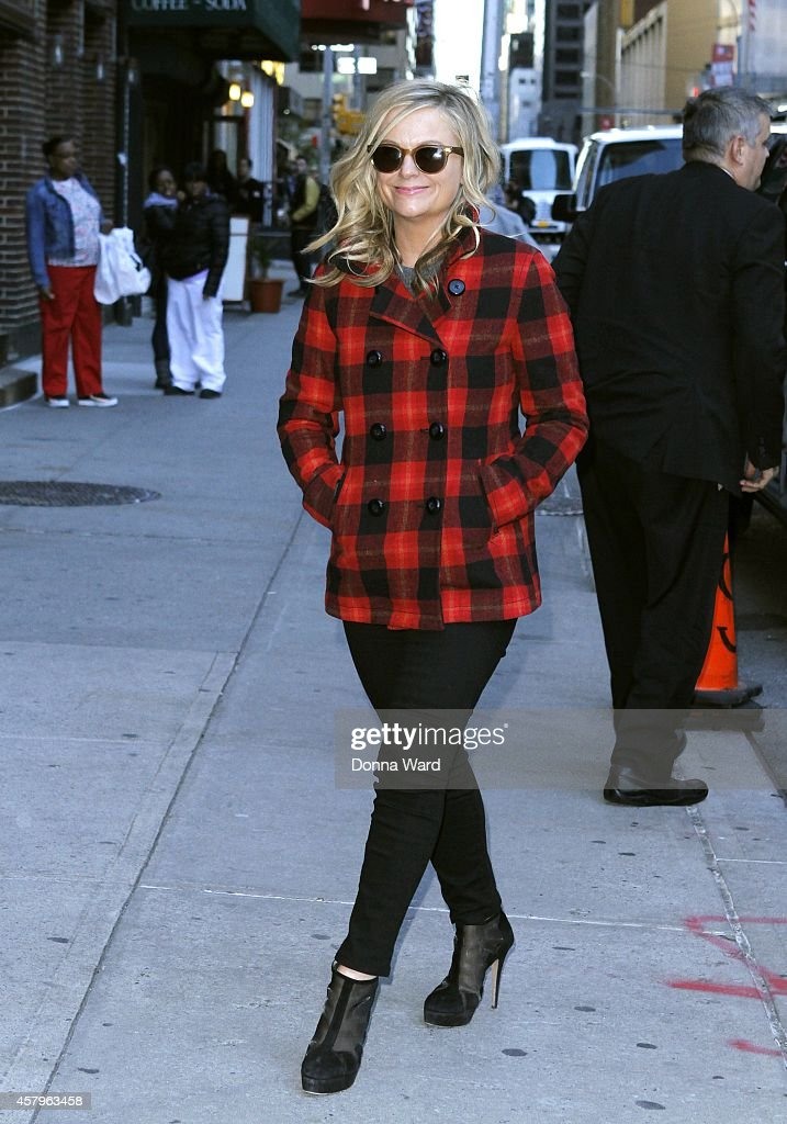 Amy Poehler arrives for the 'Late Show with David Letterman' at Ed Sullivan Theater on October 27, 2014 in New York City.