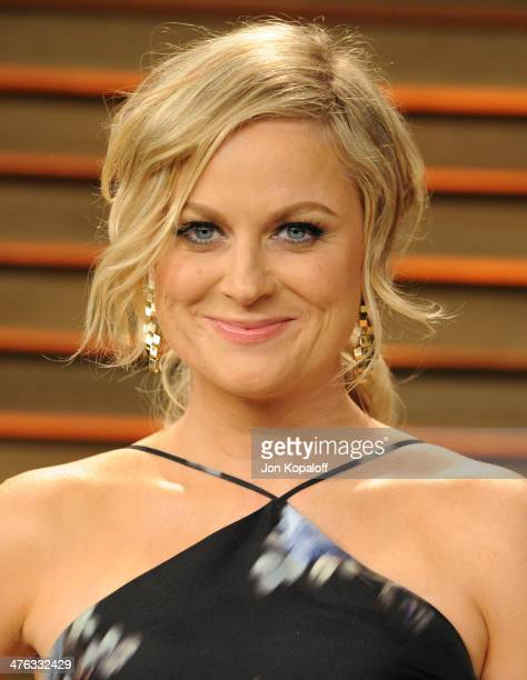 Amy Poehler attends the 2014 Vanity Fair Oscar Party hosted by Graydon Carter on March 2 2014 in West Hollywood California