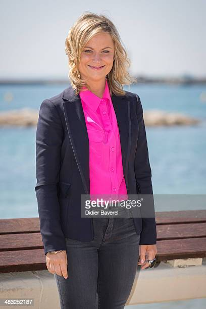Amy Poehler poses during the photocall of 'Broad City' at MIPTV 2014 at Hotel Majestic on April 7 2014 in Cannes France