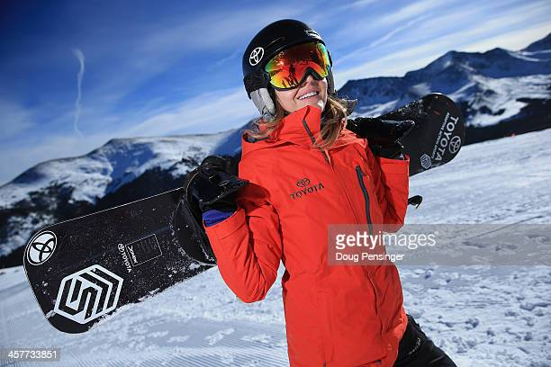 Amy Purdy hikes up the hill during a training session on December 18 2013 in Copper Mountain Colorado Purdy is a a member of the US Paralymic...
