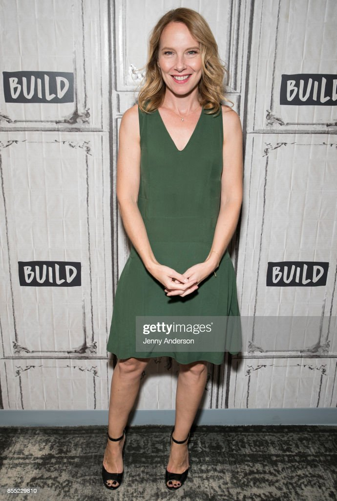 Amy Ryan attends AOL Build Series to discuss her new film 'Abundant Acreage Available' at Build Studio on September 28, 2017 in New York City.