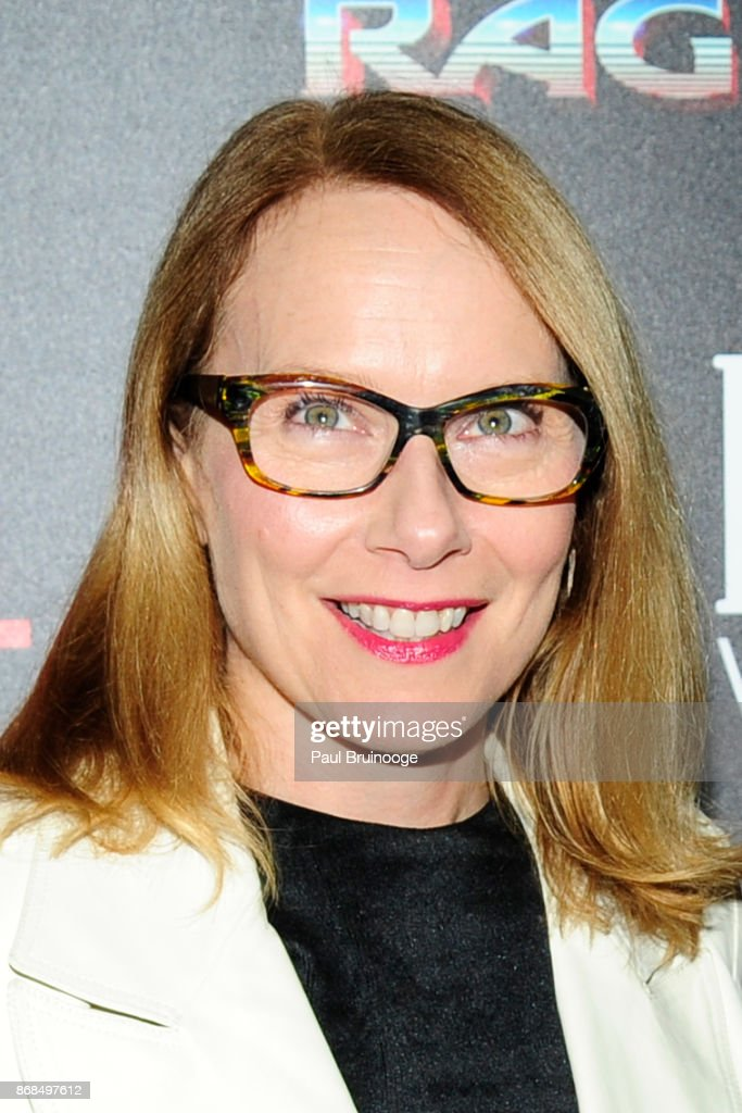 Amy Ryan attends The Cinema Society with FIJI Water, Men's Journal, and Synchrony host a screening of Marvel Studios' 'Thor: Ragnarok' at the Whitby Hotel on October 30, 2017 in New York City.