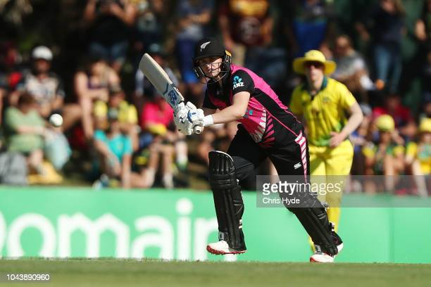 Amy Satterthwaite of New Zealand bats during game two of the Women's International Twenty20 series between Australia and New Zealand at Allan Border...
