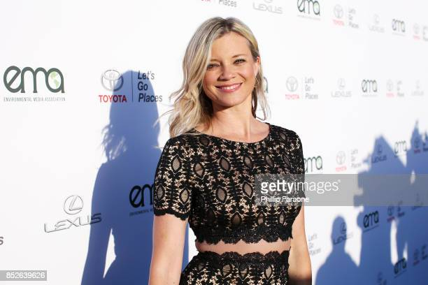 Amy Smart at the Environmental Media Association's 27th Annual EMA Awards at Barkar Hangar on September 23 2017 in Santa Monica California
