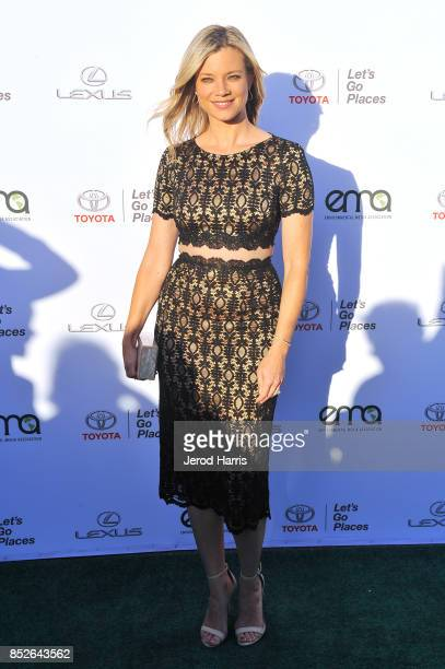 Amy Smart at the Environmental Media Association's 27th Annual EMA Awards at Barkar Hangar on September 23 2017 in Santa Monica California