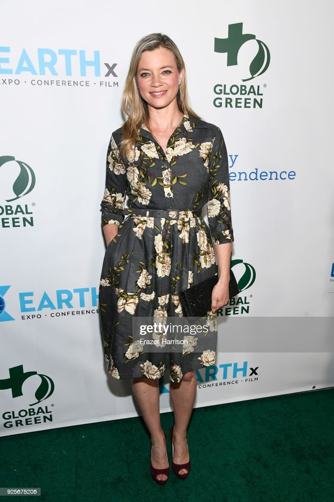 Amy Smart attends the 15th Annual Global Green Pre-Oscar Gala on February 28, 2018 in Los Angeles, California.
