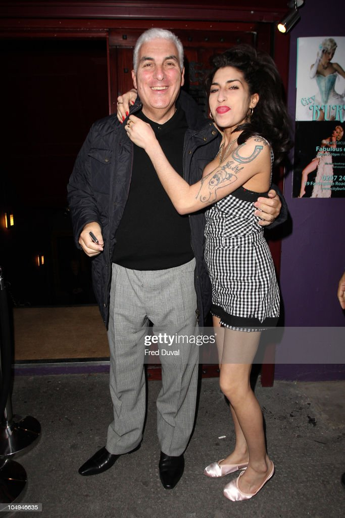 Amy Winehouse Sighting In London - October 07, 2010 : News Photo