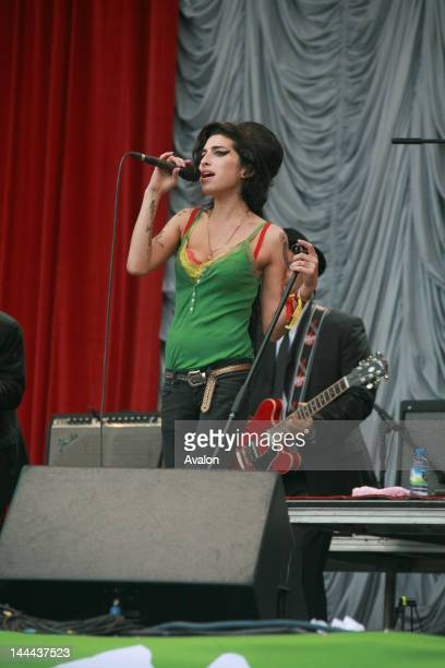 Amy Winehouse performing live at the Glastonbury Music Festival 22nd June 2007 Job 30041 Ref EWT NonExclusive