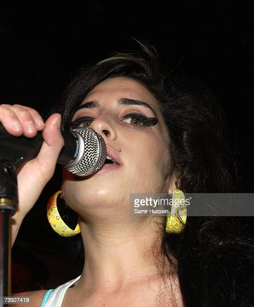 Amy Winehouse performs live at the Dublin Castle as part of The Camden Crawl on April 19, 2007 in London, England.