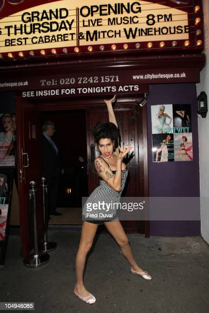 Amy Winehouse sighted outside Cityburlesque where her father was playing a gig on October 7 2010 in London England