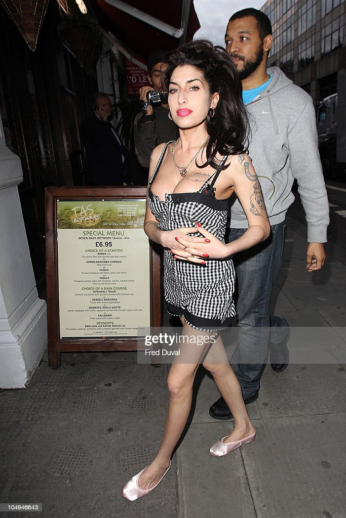 Amy Winehouse sighted outside Cityburlesque where her father was playing a gig on October 7, 2010 in London, England.
