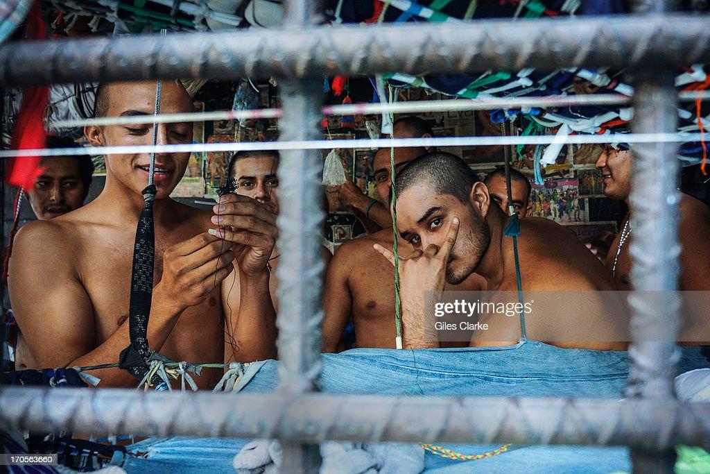 El Salvador Gangs : News Photo