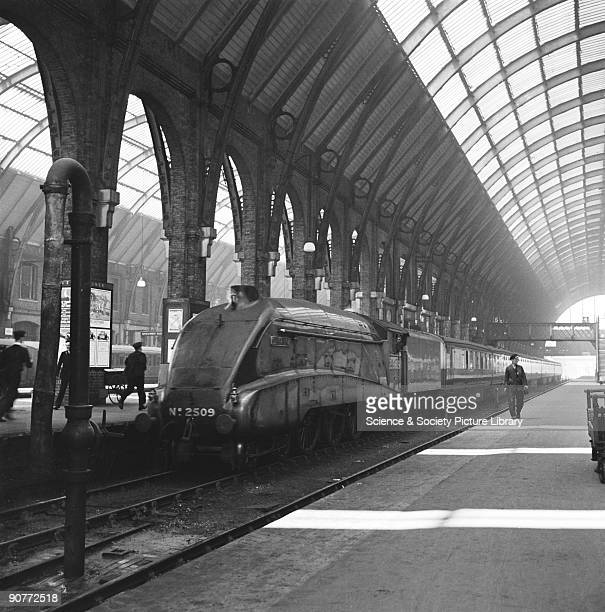 An A4 class 462 locomotive number 2509 Silver Link at King's Cross station by F E Box 16 June 1938 This streamlined locomotive was designed by Sir...