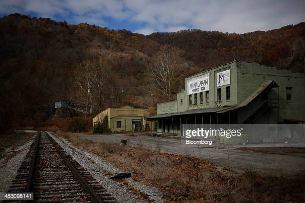 An abandoned building belonging to the Manalapan Mining Co stands near a railroad spur track near Evarts Kentucky US on Thursday Nov 7 2013 In 2011...