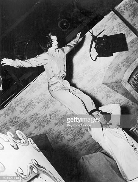 An Acrobatic Scene Between Cary Grant And Katharine Hepburn In Vacances In 1938