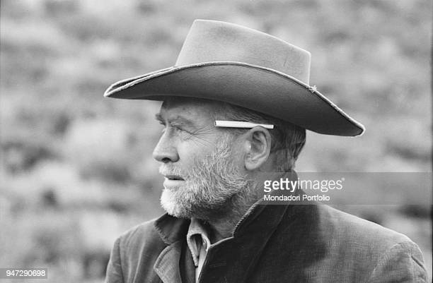 An actor with a cigarette behind his ear in Nevada Smith 1965