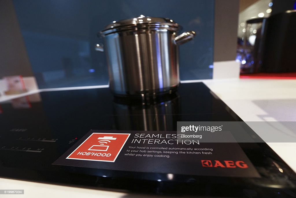 aeg induktion beautiful aeg hkfb cm ud electric ceramic glass induction cook top volt hz with. Black Bedroom Furniture Sets. Home Design Ideas