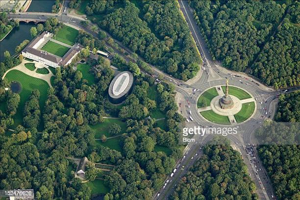 An aerial image of Schloss Bellevue And BundespraesidialamtGrosser Stern Berlin