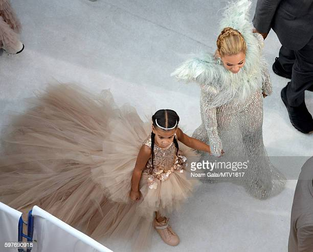 An aerial view Beyonce and Blue Ivy Carter arriving to the 2016 MTV Video Music Awards at Madison Square Garden on August 28 2016 in New York City