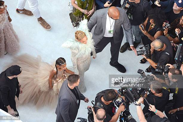 An aerial view of Beyonce and Blue Ivy walking the red carpet during the 2016 MTV Video Music Awards at Madison Square Garden on August 28, 2016 in...