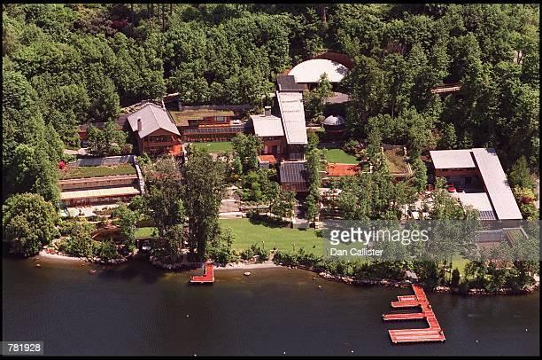 An aerial view of Microsoft's Bill Gates'' estate lines Lake Washington May 30, 2000 in Seattle, WA.