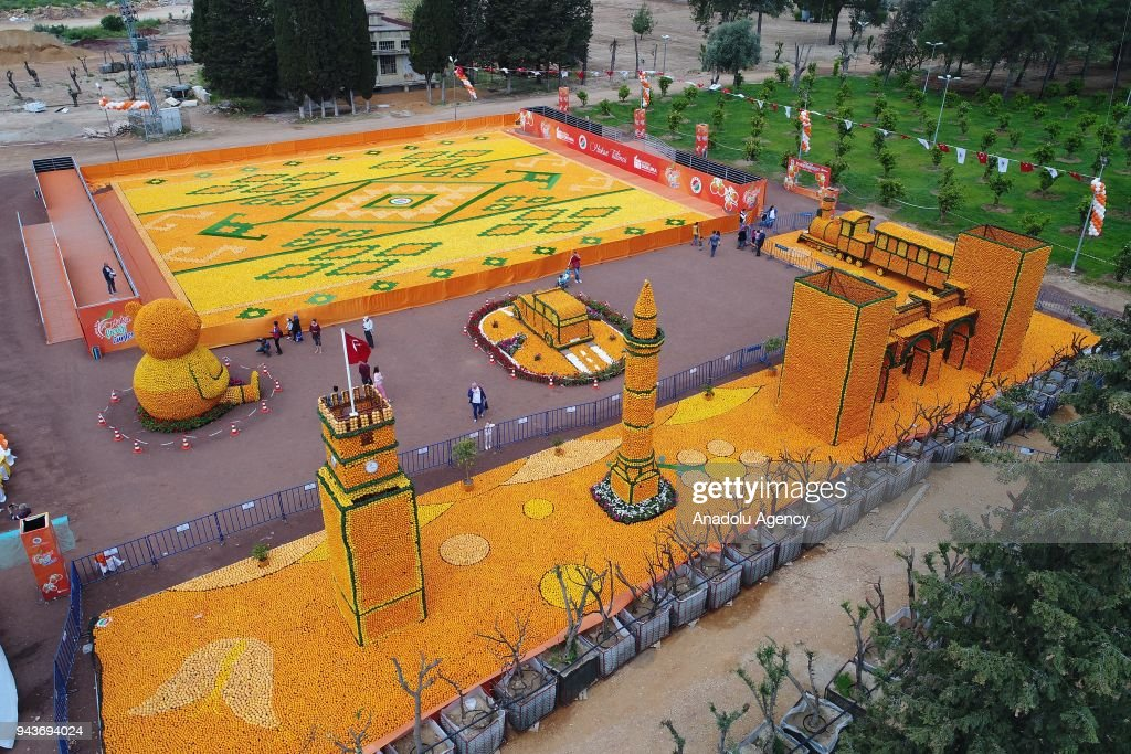 Orange Blossom Carnival in Antalya : News Photo