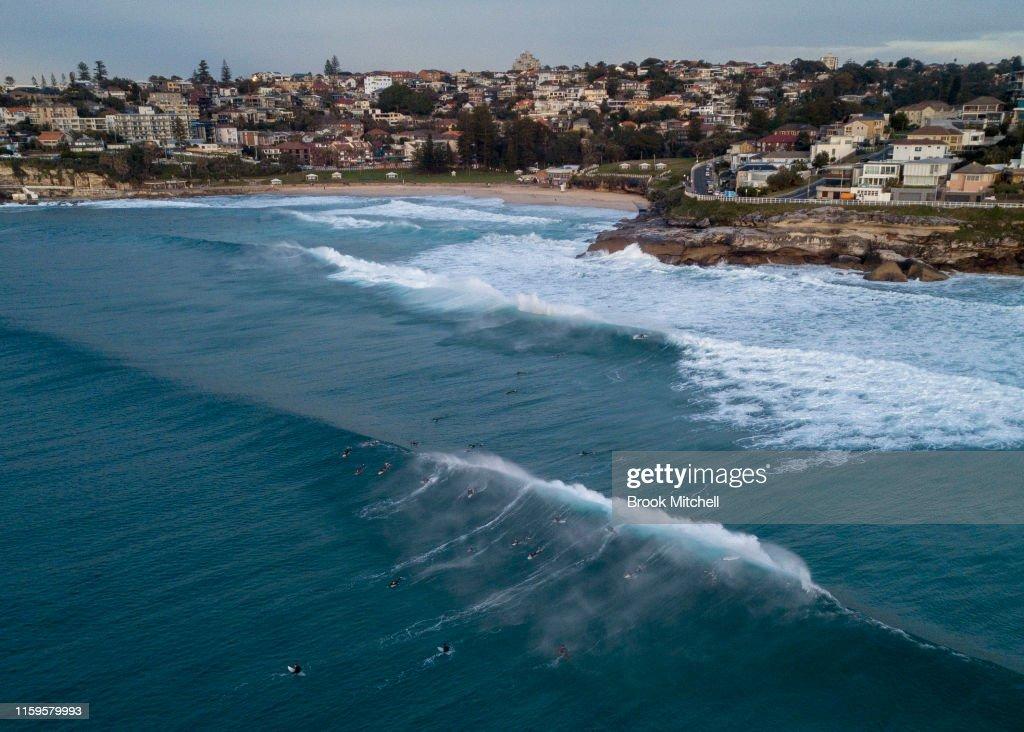 Large Swell Hits Sydney Beaches : News Photo