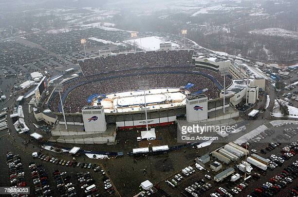 An aerial view of the Ralph Wilson Stadium as the Buffalo Sabres take on the Pittsburgh Penguins in the NHL Winter Classic on January 1 2008 in...